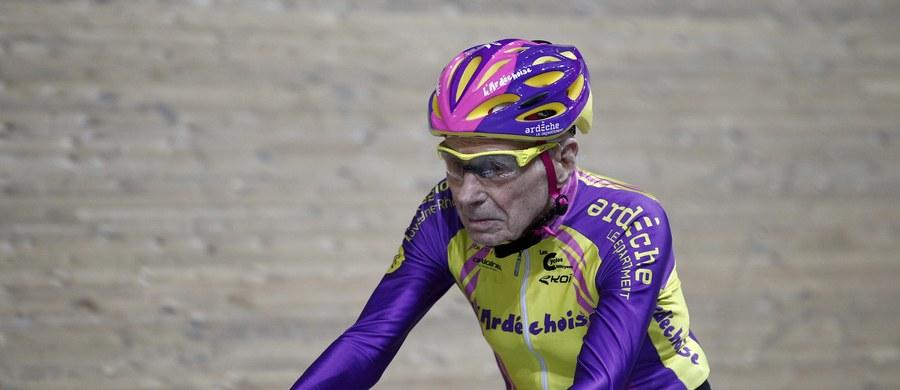 Najstarszy kolarz świata – 105-letni Francuz Robert Marchand ustanowił nowy rekord! W ciągu godziny przejechał na podparyskim torze kolarskim ponad 22 kilometry. Jego wyczyn znajdzie się w Księdze Rekordów Guinnessa.