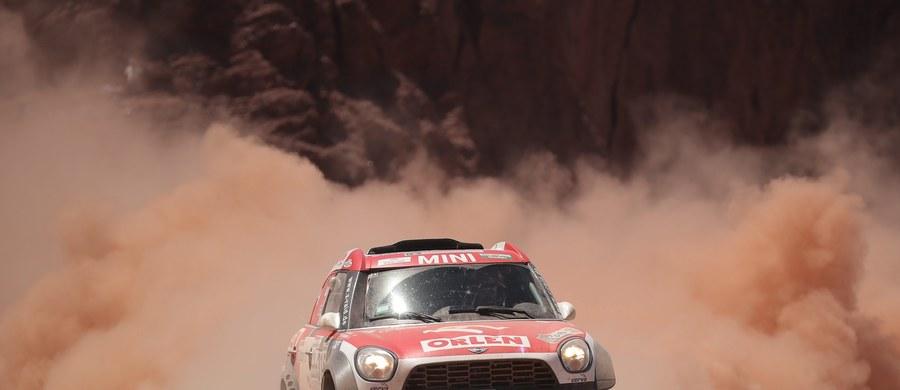 Jakub Przygoński (Mini All4 Racing), który uzyskał 10. czas wśród kierowców samochodów na 3. etapie Rajdu Dakar z San Miguel de Tucuman do San Salvador de Jujuy w Argentynie długości 780 km (odcinek specjalny 364 km), awansował na dziewiąte miejsce w klasyfikacji generalnej.