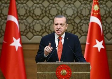 Turcja: Pierwszy wyrok w sprawie puczu - dożywocie dla oficerów