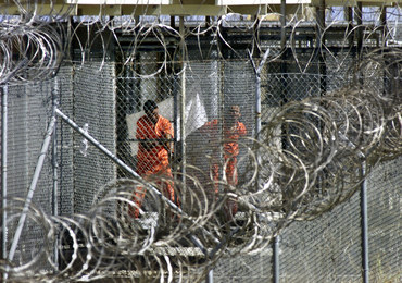 Czterech więźniów z Guantanamo przewieziono do Arabii Saudyjskiej