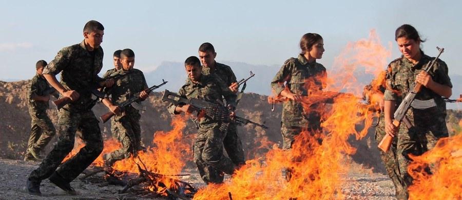 Turcja i cały region płacą cenę za wspieranie przez Stany Zjednoczone kurdyjskich Ludowych Jednostek Samoobrony (YPG). Kurdowie są według Turków głównym partnerem USA w walce z Państwem Islamskim w Syrii - oświadczył turecki minister obrony Fikri Isik.