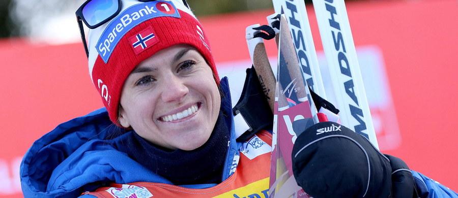Heidi Weng wygrała zakończony w Val di Fiemme cykl Tour de Ski w biegach narciarskich. Norweżka jako pierwsza ukończyła wyczerpującą wspinaczkę na stok Alpe Cermis. Druga ze stratą 1.37,0 min była Finka Krista Parmakoski. Polki nie startowały.