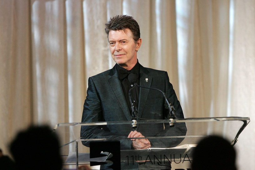 """W niedzielę (8 stycznia) opublikowano EP-kę """"No Plan"""" Davida Bowiego. To prezent dla fanów z okazji 70. rocznicy urodzin artysty. Jednocześnie pojawiły się doniesienia, że wokalista o śmiertelnej chorobie dowiedział się dopiero na niespełna dwa miesiące przed odejściem."""