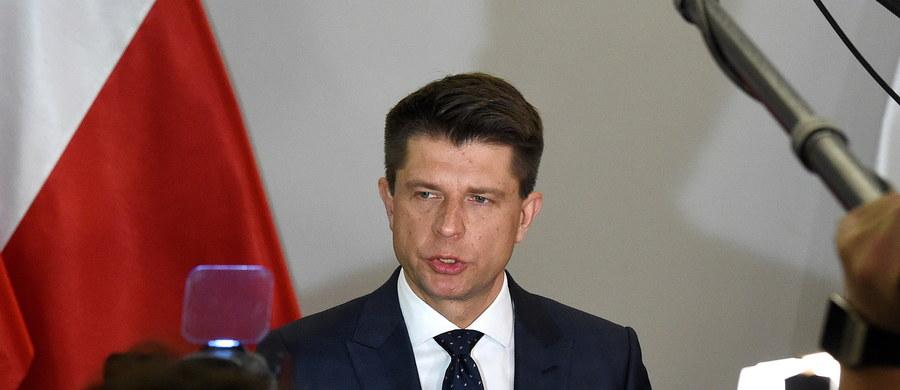 Klub Nowoczesnej na początku środowego posiedzenia Sejmu zgłosi wniosek o reasumpcję głosowania ustawy budżetowej na 2017 rok. Nie będzie natomiast blokować sejmowej mównicy lub fotela marszałka - zapowiedział szef Nowoczesnej Ryszard Petru.