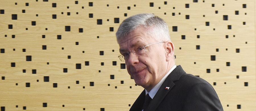 Posłanki PiS w trakcie posiedzenia klubu we wtorek poinformowały, że zostały zaatakowane 16 grudnia przez posłów PO - mówił marszałek Senatu Stanisław Karczewski w TVP Info. Jak dodał, dowiedział się o tym po raz pierwszy, podobnie jak prezes PiS Jarosław Kaczyński.