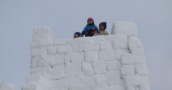 W Zakopanem pod Wielką Krokwią powstaje śnieżne miasteczko - największe w Polsce, a być może także na świecie.