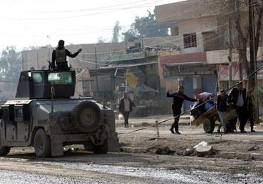 Trwają walki na kampusie w Mosulu. Wojsko znalazło materiały chemiczne dżihadystów