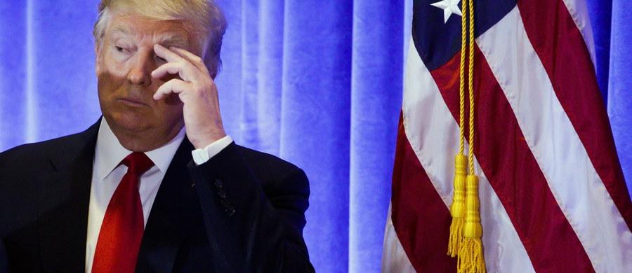 Blisko 30 tys. funkcjonariuszy strzec będzie bezpieczeństwa podczas inauguracji prezydentury Donalda Trumpa w Waszyngtonie. Udział w protestach przeciw jego wyborowi zapowiedziało 350 tys. demonstrantów, a bojkot ceremonii zaprzysiężenia - 28 kongresmanów.