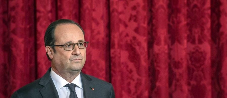 """""""Unia Europejska nie potrzebuje porad z zewnątrz, co ma robić"""" - powiedział prezydent Francji Francois Hollande, odpowiadając w ten sposób na krytyczne uwagi przyszłego prezydenta USA Donalda Trumpa w wywiadzie dla europejskiej prasy."""