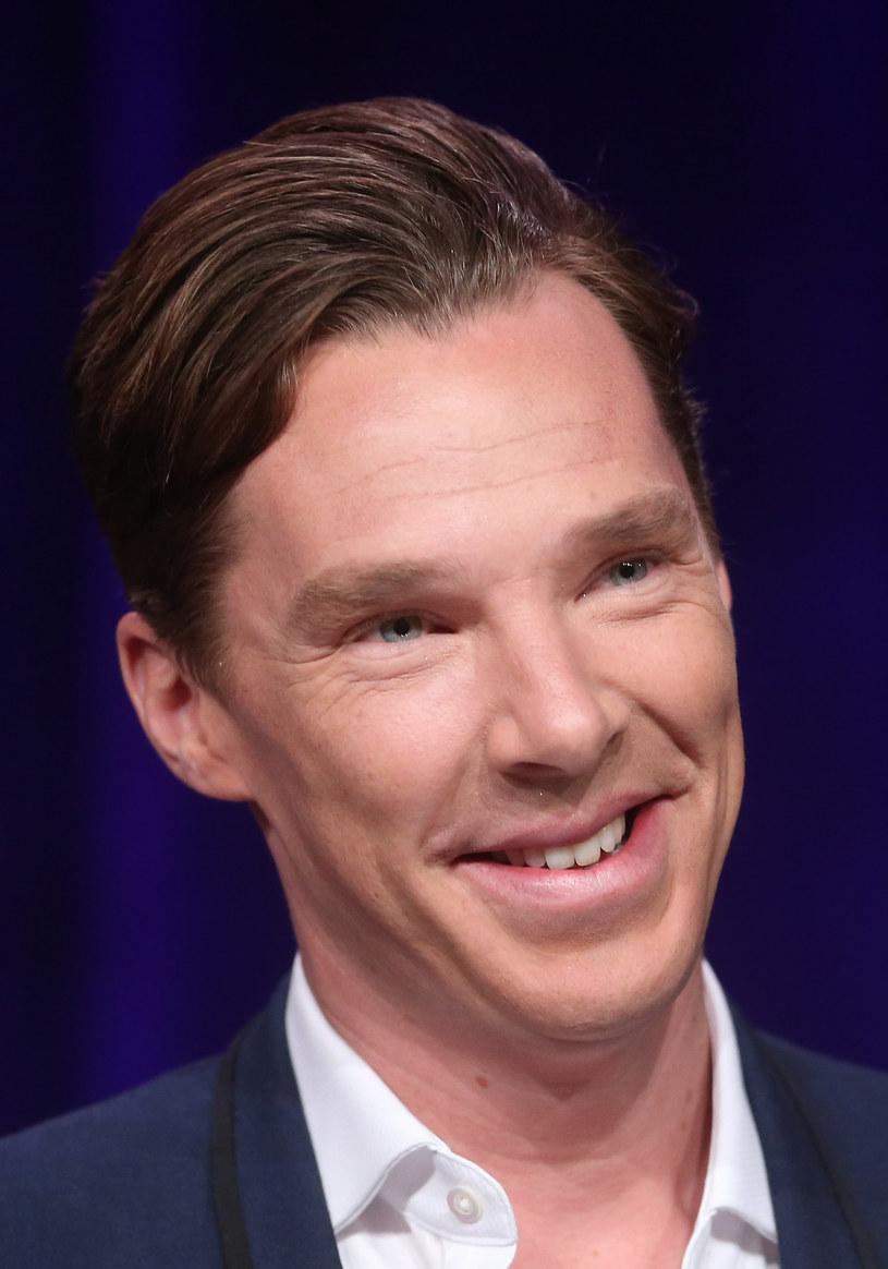 Kto i dlaczego umieścił w internecie finałową część najnowszej serii BBC o Sherlocku Holmesie? W rolę tytułową wcielił się ponownie znany brytyjski aktor, Benedict Cumberbatch.