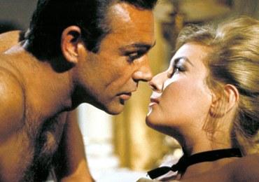 Bond, James Bond rzucił palenie. Jego dziewczyny nie