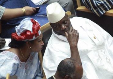 Stan wyjątkowy w Gambii. Ustępujący dyktator Jammeh chce zachować władzę