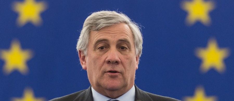 Włoch Antonio Tajani, wieloletni europoseł i były komisarz UE, został nowym szefem europarlamentu. Deklaruje, że chce przełamywać podziały, ale może być mu trudno, gdyż uważany jest za człowieka nielubianego przez lewicę byłego premiera Włoch Silvio Berlusconiego.