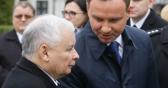 """""""Jeżeli jest taka potrzebna i konieczność spotkania, to prezes Jarosław Kaczyński przyjeżdża do Pałacu Prezydenckiego""""- zapewniał prezydent Andrzej Duda w Porannej rozmowie w RMF FM. W ten sposób odniósł się do swoich relacji z prezesem Prawa i Sprawiedliwości."""