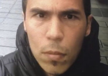 Terrorysta ze Stambułu dostawał rozkazy od ISIS. Chciał zaatakować w innym miejscu