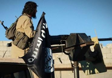 Francja ocenia, że około 700 jej obywateli walczy w Państwie Islamskim