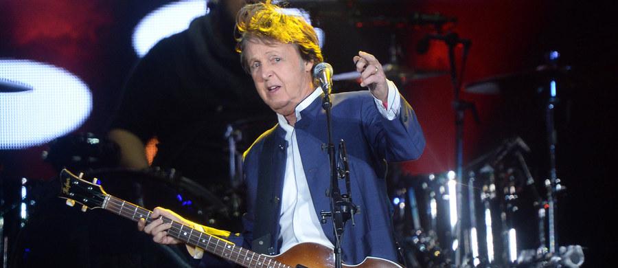 Paul McCartney wniósł do sądu w Nowym Jorku pozew przeciwko koncernowi Sony. Słynny muzyk pragnie odzyskać prawa autorskie do swych piosenek, które na początku kariery Beatlesów napisał wspólnie z Johnem Lennonem.