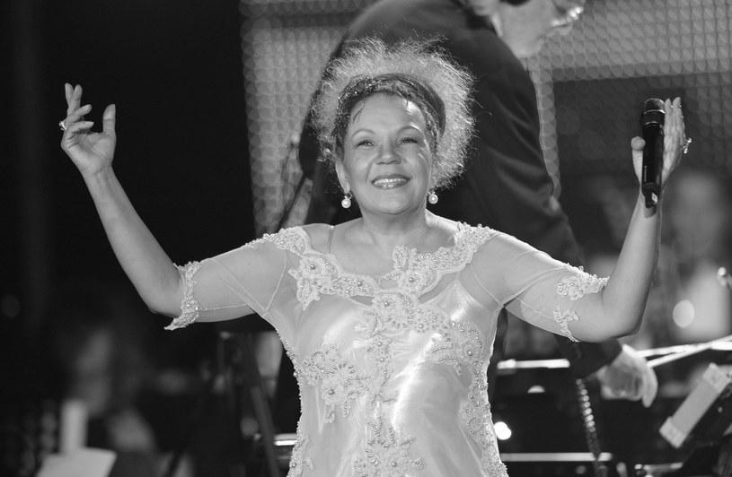 """Policja z Rio de Janeiro poinformowała o zatrzymaniu trzech podejrzanych mężczyzn w sprawie śmierci wokalistki Loalwy Braz, która śpiewała w wielkim przeboju """"Lambada"""" francuskiej grupy Kaoma."""