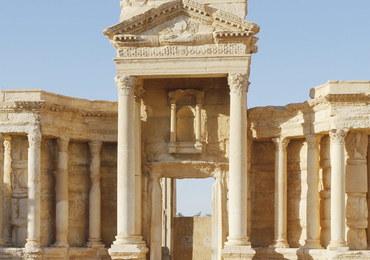 Terroryści ISIS wysadzili w powietrze zabytki antycznej Palmiry
