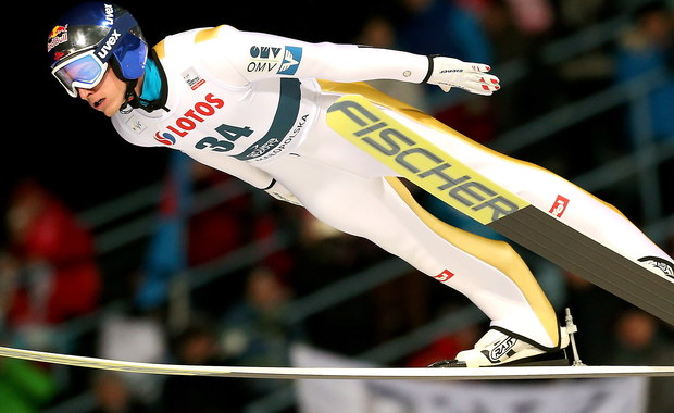 Piotr Żyła, Maciej Kot, Dawid Kubacki i Kamil Stoch w dzisiejszym konkursie drużynowym Pucharu Świata w skokach narciarskich na Wielkiej Krokwi w Zakopanem są uważani za głównych kandydatów do zwycięstwa. Polacy wygrali już zespołową rywalizację w Klingenthal.