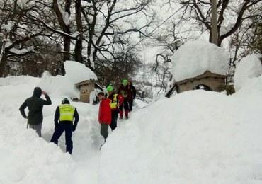 Włochy: Migranci pomagają po trzęsieniu ziemi