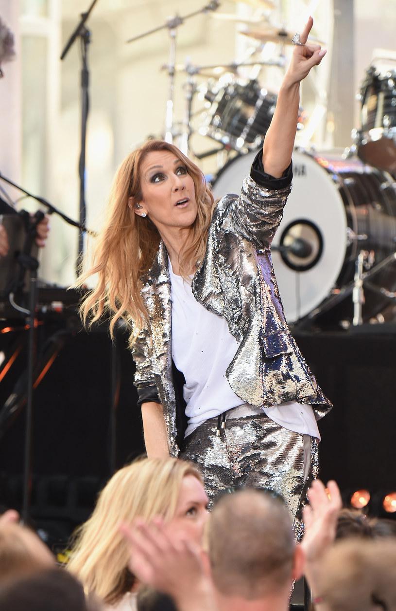 """17 marca na ekrany kin trafi aktorska wersja """"Pięknej i Bestii"""". Jedną z piosenek do filmu Disneya zaśpiewa Celine Dion."""