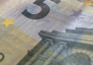 Szajka fałszerzy banknotów rozbita w imigranckim getcie pod Paryżem