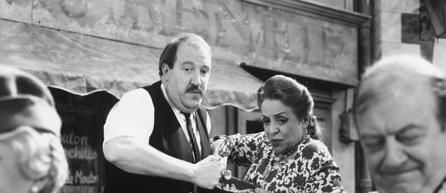 """Nie żyje aktor Gorden Kaye, najbardziej znany z roli restauratora René w popularnym historycznym sitcomie BBC """"Allo, Allo"""". Miał 75 lat."""