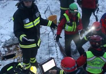 Lawina we Włoszech. Dziś wydobyto ciała 7 osób