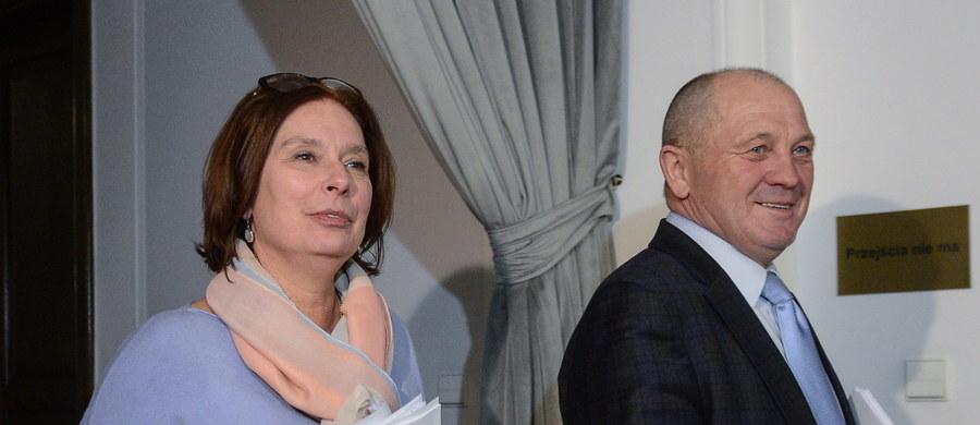 Podczas posiedzenia Konwentu Seniorów nie było mowy o zmianach w Regulaminie Sejmu, ani o karach dla posłów. Rozmowy dotyczyły wyłącznie porządku obrad izby - poinformowała wicemarszałek Sejmu Małgorzata Kidawa-Błońska.