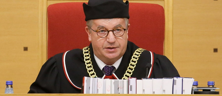 Jest kolejne wolne miejsce w Trybunale Konstytucyjnym dla sędziego, wybranego przez posłów PiS. Fotel zwolnił właśnie sędzia Andrzej Wróbel, powołany wczoraj przez prezydenta na stanowisko sędziego Sądu Najwyższego.