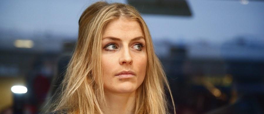 Therese Johaug, norweska biegaczka narciarska mająca pozytywną próbę badania antydopingowego, podczas pierwszego dnia przesłuchania przez Norweską Konfederację Sportu (NIF) podkreśliła, że lekarstwo zawierające niedozwolony steryd zaaplikował jej lekarz reprezentacji.