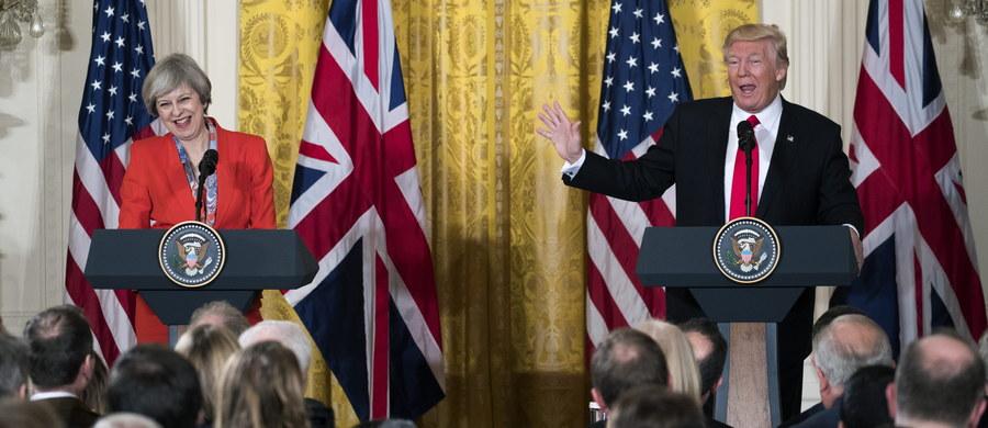 Sobotnie wydania brytyjskich gazet pozytywnie oceniają dwudniową wizytę premier Theresy May w Stanach Zjednoczonych. Szefowa brytyjskiego rządu była pierwszym przywódcą państwa, którego przyjął w Białym Domu nowy prezydent Stanów Zjednoczonych Donald Trump.