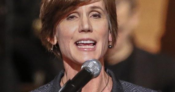 Prezydent Donald Trump odwołał pełniącą obowiązki ministra sprawiedliwości i prokuratora generalnego Sally Yates. Yates została odwołana po tym, jak skrytykowała antyimigrancki dekret Trumpa.
