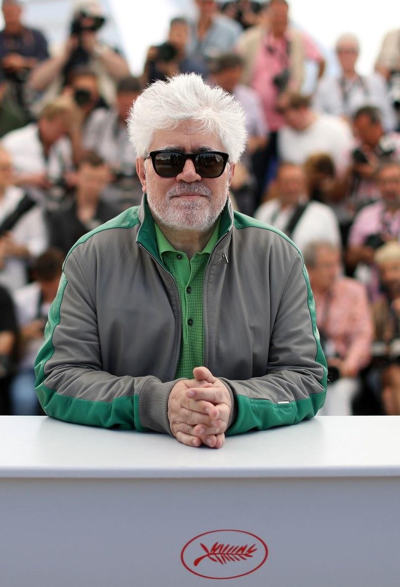 """Reżyser Pedro Almodovar będzie przewodniczącym jury 70. festiwalu filmowego w Cannes - ogłosili we wtorek, 31 stycznia, organizatorzy. Almodovar, nagrodzony Złotą Palmą za dramat """"Wszystko o mojej matce"""", będzie pierwszym Hiszpanem, który stanie na czele jury konkursu."""