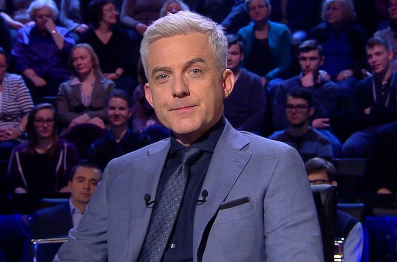 """W czwartek, 9 lutego (o godz. 20.55) na antenę TVN-u wraca teleturniej """"Milionerzy"""". Stacja zaprezentowała trzy zwiastuny show."""