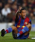 Ronaldinho przez 10 lat będzie ambasadorem Barcelony
