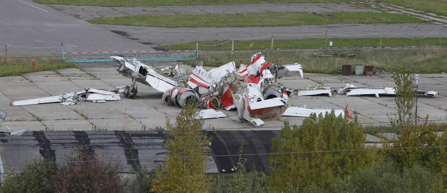 """Rzeczniczka MSZ Rosji powiedziała w piątek, że temat katastrofy smoleńskiej jest w Polsce przekształcany """"w kartę polityczną"""" w celach polityki wewnętrznej i zagranicznej. Zapewniła, że Rosja odpowiada na wnioski z Polski dotyczące prac nad wrakiem samolotu."""