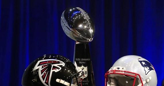 To wyjątkowe sportowe wydarzenie. Największa, jednodniowa sportowa impreza globu. Po raz 51. zostanie rozegrany Super Bowl, a więc finał zawodowej ligi futbolu amerykańskiego NFL. Tym razem o trofeum powalczą New England Patriots i Atlanta Falcons. Mecz będzie można obejrzeć w wielu polskich miastach na spotkaniach organizowanych przez kluby występujące w Polskiej Lidze Futbolu Amerykańskiego.