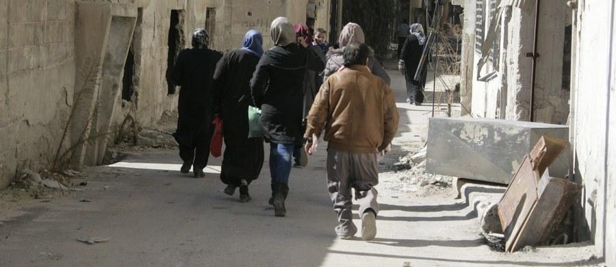 Według opublikowanego raportu Amnesty International w jednym tylko więzieniu reżim syryjski wykonał w latach 2011-15 wyroki śmierci przez powieszenie na 13 tys. osobach, przeważnie cywilach.