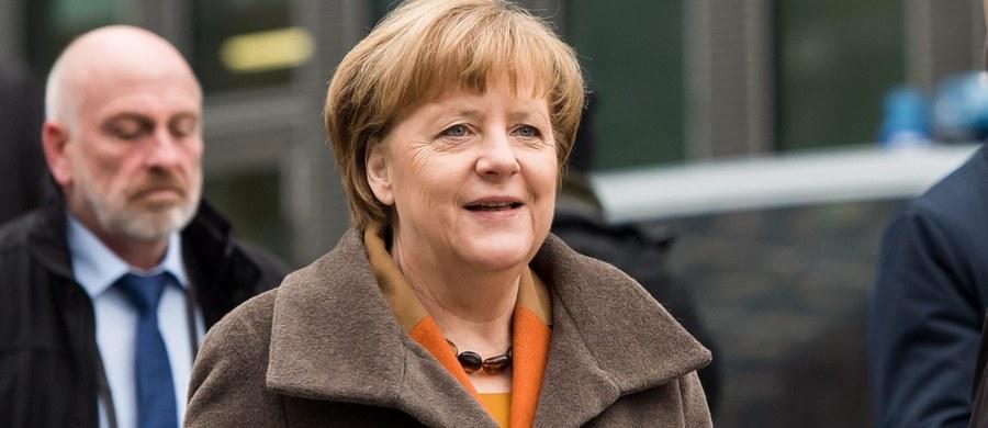 Angela Merkel przyjedzie dziś do Warszawy. Kanclerz Niemiec spotka się między innymi z premier Beatą Szydło, prezydentem Andrzejem Dudą oraz prezesem PiS-u Jarosławem Kaczyńskim.