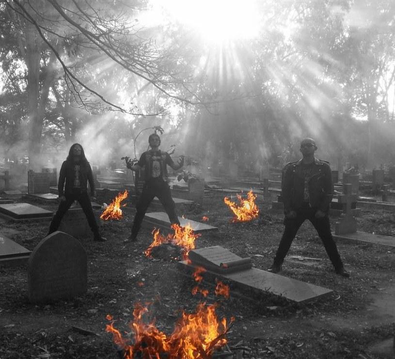 """Słynna """"Beast From The East"""", czyli singapurska grupa Impiety wystąpi w październiku na jedynym koncercie w Polsce."""