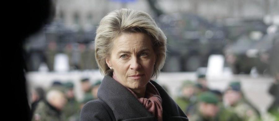 Niemiecka minister obrony Ursula von der Leyen w czasie podróży na Litwę po raz pierwszy skorzystała z nowoczesnego samolotu transportowego Airbus A400M. Doszło jednak do awarii - zawiódł jeden z silników.