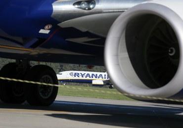 Modlin: Samolot zahaczył ogonem o pas startowy