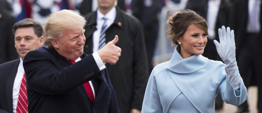 """Żona prezydenta USA Melania Trump uzyskała w ramach ugody sądowej odszkodowanie na """"znaczną sumę"""" od blogera ze stanu Maryland, który cytował nieprawdziwe plotki, iż była ona niegdyś """"panią do towarzystwa"""" - poinformował jej prawnik."""
