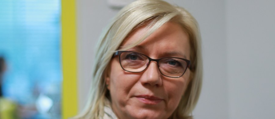 """Sąd Apelacyjny w Warszawie zadał Sądowi Najwyższemu pytanie prawne dotyczące """"umocowania"""" sędzi Julii Przyłębskiej jako prezesa Trybunału Konstytucyjnego oraz problemu, czy kwestia ta może być przedmiotem oceny sądu - dowiedziała się Polska Agencja Prasowa. Były prezes Trybunału Andrzej Rzepliński przyznał, że stało się to na jego wniosek."""