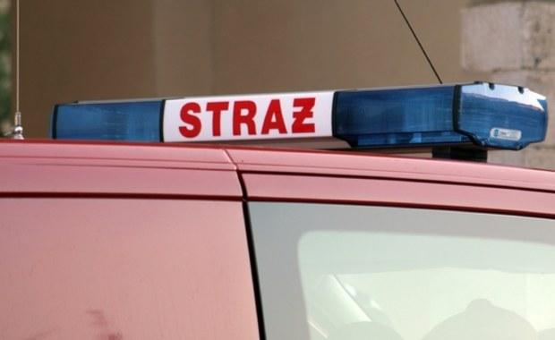 Policjanci z Tarnowskich Gór uratowali życie pięcioosobowej rodziny, która podtruła się czadem. To 57-letni mężczyzna i dzieci w wieku od 7 do 13 lat.