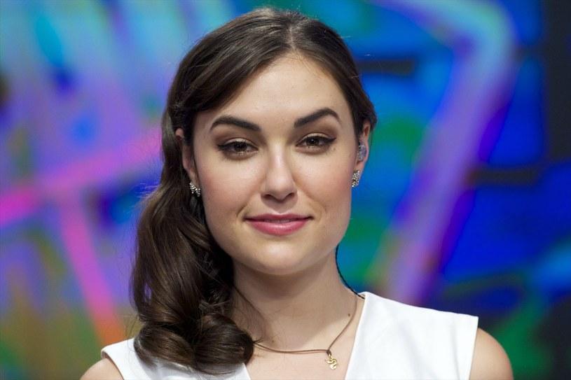 Większość Polaków kojarzy ją głównie z filmów dla dorosłych. Sasha Grey od kilku lat nie działa już jednak w branży pornograficznej i zajmuje się innymi dziedzinami życia, jak chociażby muzyką.