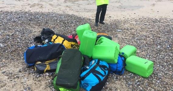 Ok. 360 kilogramów kokainy o rynkowej wartości blisko 60 mln euro znaleziono na dwóch plażach we wschodniej Anglii - podała agencja NCA odpowiadająca za walkę z przestępczością zorganizowaną.