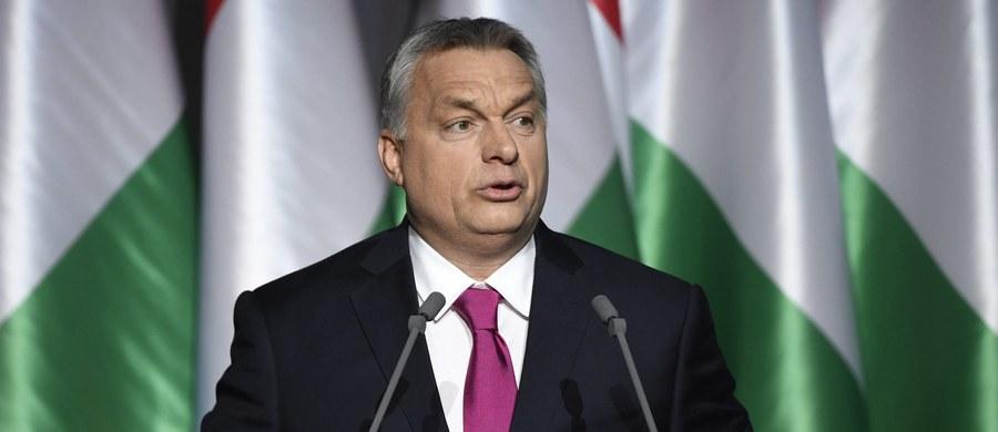 O konieczności odparcia przez Węgry pięciu ciosów w 2017 roku powiedział premier Viktor Orban w przemówieniu podsumowującym miniony rok. Według niego będą one dotyczyć m.in. kompetencji państw narodowych w UE.